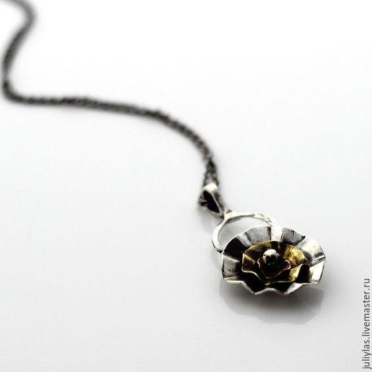 Цветок из серебра, кулон авторской работы, серебряное украшение