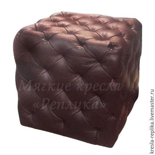 Коричневый пуфик кубической формы из натуральной кожи