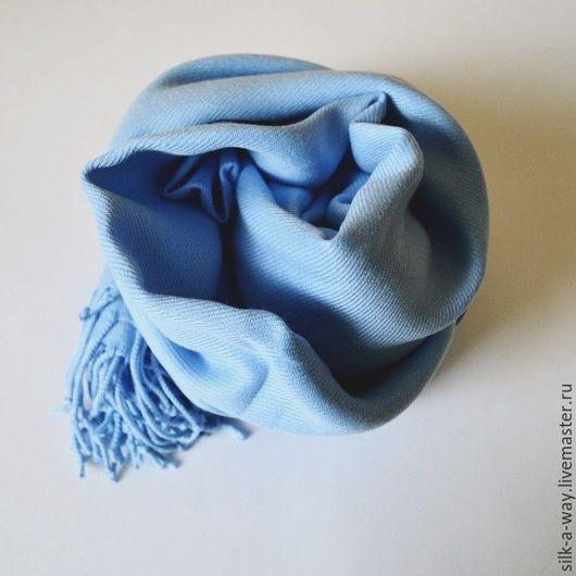 Шали, палантины ручной работы. Ярмарка Мастеров - ручная работа. Купить Палантин голубой.. Handmade. Однотонный, кашемировый шарф, москва