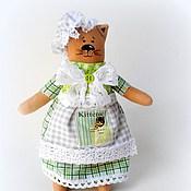 Куклы и игрушки ручной работы. Ярмарка Мастеров - ручная работа Кисонька в чепчике.( в зеленом). Handmade.