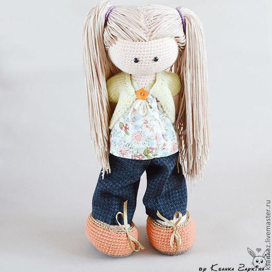 Человечки ручной работы. Ярмарка Мастеров - ручная работа. Купить Вязаная кукла Алинка с возможностью менять прически!. Handmade.