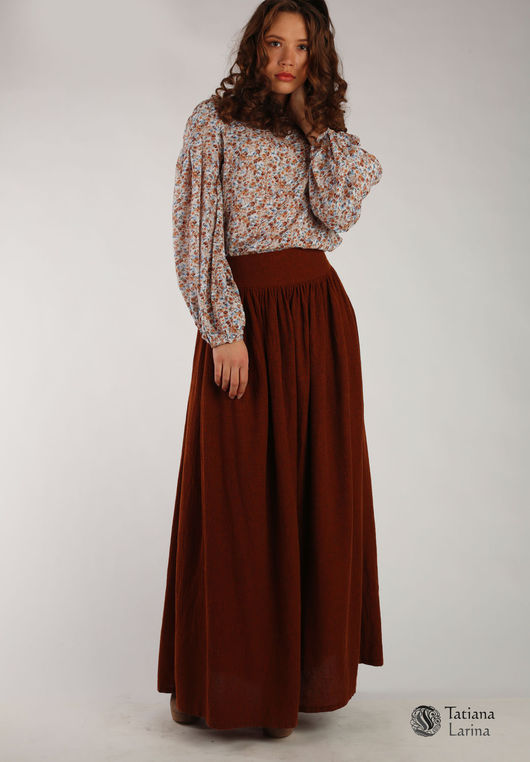 Терракотовая юбка в пол. Комбинируя с различным верхом можно носить в офис, и надеть на стилизованную вечеринку. Длинная теплая юбка в пол из натуральной шерсти.