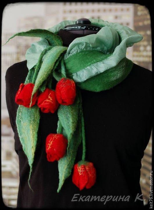 """Шарфы и шарфики ручной работы. Ярмарка Мастеров - ручная работа. Купить Шарфик """"Кусочек лета""""  с тюльпанами. Handmade. Зеленый"""