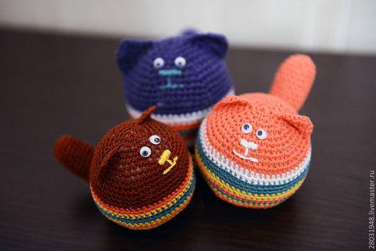 Игрушки животные, ручной работы. Ярмарка Мастеров - ручная работа. Купить вязаные коты-антистресс. Handmade. Вязание крючком