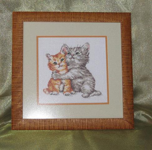 """Животные ручной работы. Ярмарка Мастеров - ручная работа. Купить """"Счастье мое"""" вышитая картина. Handmade. Котята, на счастье, любовь"""