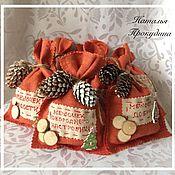 Подарки к праздникам ручной работы. Ярмарка Мастеров - ручная работа Новогодний мешочек-саше. Handmade.