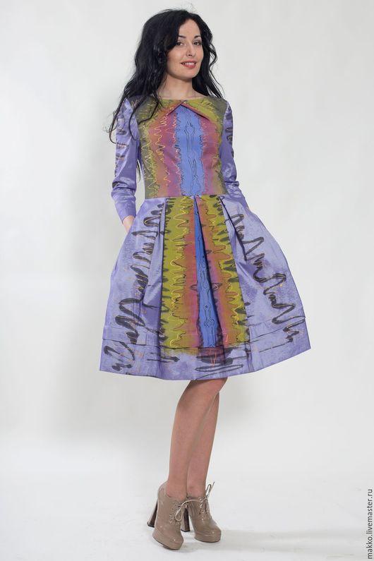 Платье `Африка` с ручной росписью сиреневая тафта 11271