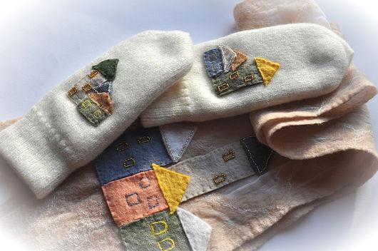 """Варежки, митенки, перчатки ручной работы. Ярмарка Мастеров - ручная работа. Купить Комплект """"Старый город"""". Handmade. Варежки, шерсть"""