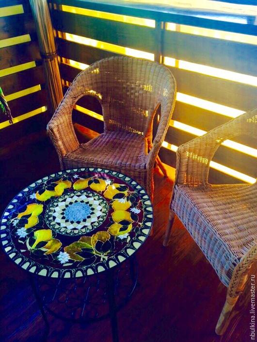 """Мебель ручной работы. Ярмарка Мастеров - ручная работа. Купить Столик """" Лимончики-3"""". Handmade. Разноцветный, стекло"""