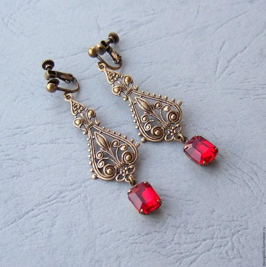 """Комплекты украшений ручной работы. Ярмарка Мастеров - ручная работа. Купить Клипсы для ушей или серьги в винтажном стиле """"Эффектный красный"""". Handmade."""