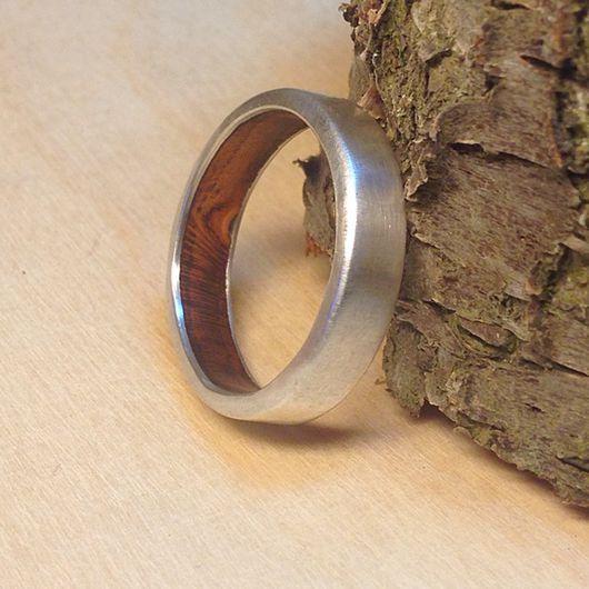 """Кольца ручной работы. Ярмарка Мастеров - ручная работа. Купить """"Ближе к телу"""", серебряное кольцо с деревом. Handmade. Кольцо, коричневый"""