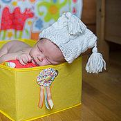 Работы для детей, ручной работы. Ярмарка Мастеров - ручная работа Белая шапочка с косичками. Handmade.