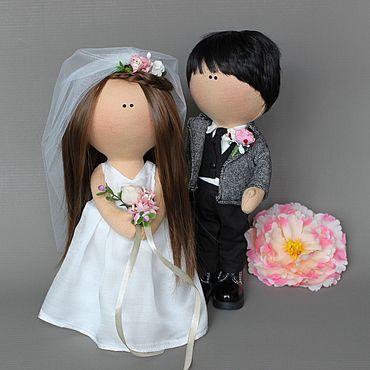 Свадебный салон ручной работы. Ярмарка Мастеров - ручная работа Свадебная пара кукол. Handmade.