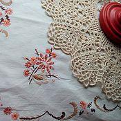 Винтаж ручной работы. Ярмарка Мастеров - ручная работа Винтажная, немецкая дорожка на стол с вышитыми цветами. Handmade.