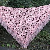 Шаль вязаная крючком ручной работы Прованс нежно-розовая