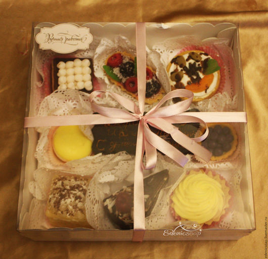 Подарочный набор мыльных сладостей. Ручная работа Подарки к праздникам. Подарок на день рождения.Edenicsoap.