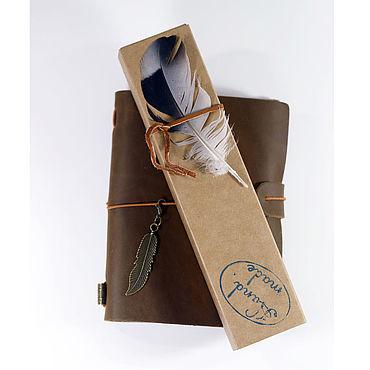 Сувениры и подарки ручной работы. Ярмарка Мастеров - ручная работа Крафтовый картонный футляр для ручки. Handmade.