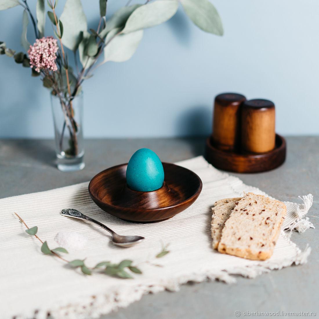 Деревянная подставка - блюдце для яйца с солонкой Сибирский Кедр #ES16, Яйца, Новокузнецк,  Фото №1