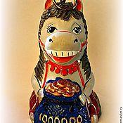 """Колокольчики ручной работы. Ярмарка Мастеров - ручная работа Керамический колокольчик """"Лошадка с мешочком"""". Handmade."""
