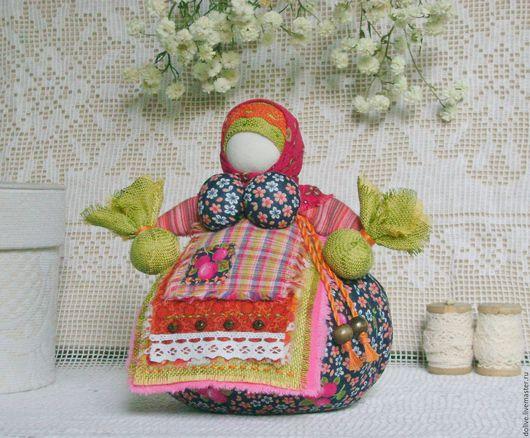 """Народные куклы ручной работы. Ярмарка Мастеров - ручная работа. Купить кукла Кубышка-травница """"Вишенка"""". Handmade. Салатовый, саше"""