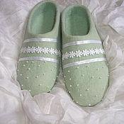 """Обувь ручной работы. Ярмарка Мастеров - ручная работа валяные тапочки """"Первый снег"""". Handmade."""