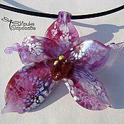 Украшения ручной работы. Ярмарка Мастеров - ручная работа Кулоны в виде орхидей. Handmade.