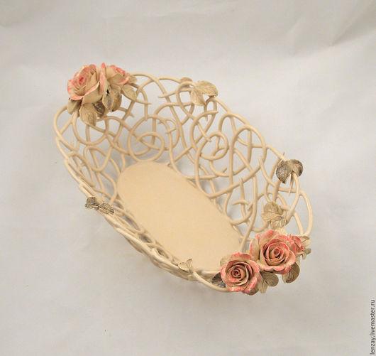 Фруктовница `Прозрачность` овальная. Толщина жгутов 3-4 мм. Плетеная керамика и керамические цветы Елены Зайченко