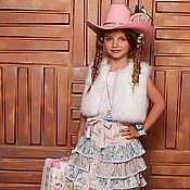 Работы для детей, ручной работы. Ярмарка Мастеров - ручная работа Юбка из коллекции Country Girl + кожаный поясок. Handmade.