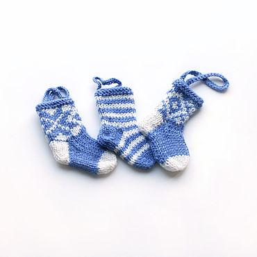 Сувениры и подарки ручной работы. Ярмарка Мастеров - ручная работа Елочные игрушки: Новогодние носочки. Handmade.