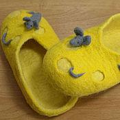 """Обувь ручной работы. Ярмарка Мастеров - ручная работа Домашние тапочки """"Сыр и мышки"""""""". Handmade."""