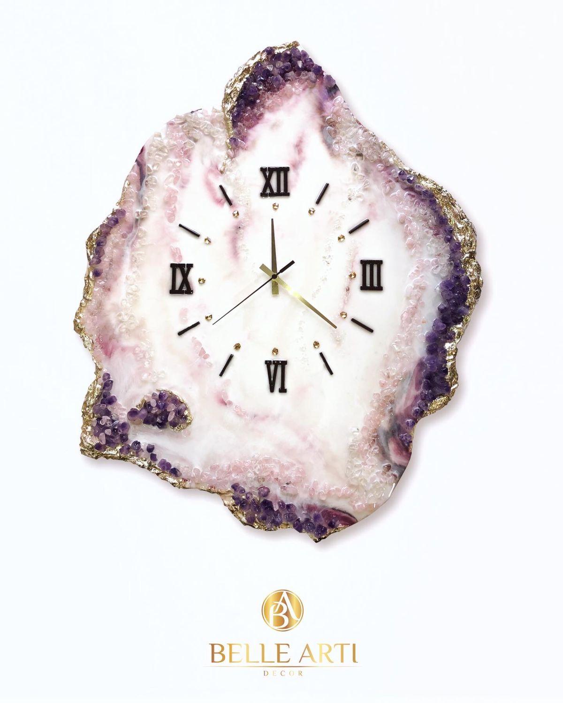 Глянцевые настенные часы эксклюзивного дизайна с друзами аметиста – купить на Ярмарке Мастеров – LHF78RU | Часы классические, Красноярск