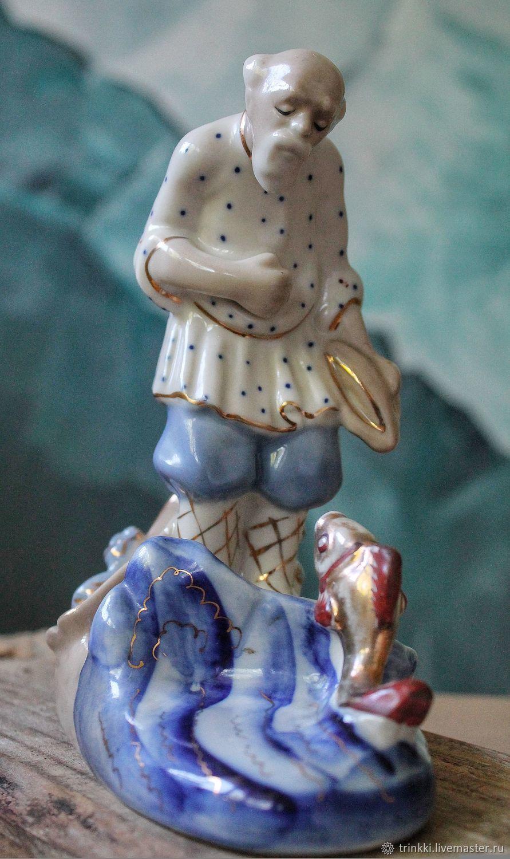 Vintage statuette of the USSR porcelain old Man and goldfish, Vintage interior, Tver,  Фото №1