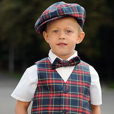 Работы для детей, ручной работы. Ярмарка Мастеров - ручная работа Нарядный комплект для мальчика: жилет, кепка и бабочка. Handmade.