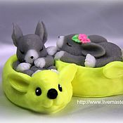 """Косметика ручной работы. Ярмарка Мастеров - ручная работа Сувенирное мыло """" Кролики в тапочках"""". Handmade."""