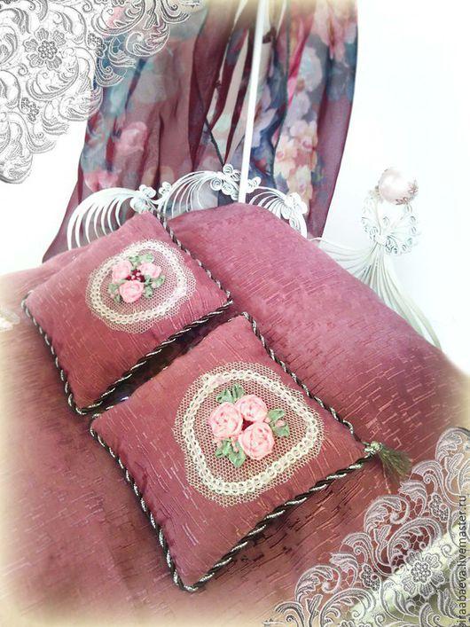 Кукольный дом ручной работы. Ярмарка Мастеров - ручная работа. Купить Кукольная кровать Розовый сад. Handmade. Бордовый, балдахин