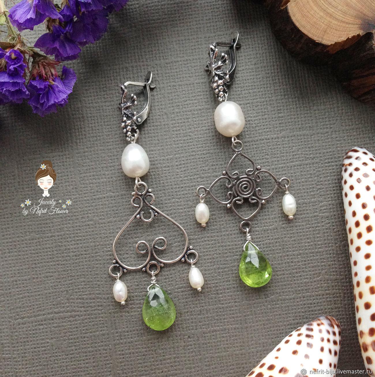 Asymmetric earrings 'Juicy Apple' pearl chrysolite silver, Earrings, St. Petersburg,  Фото №1