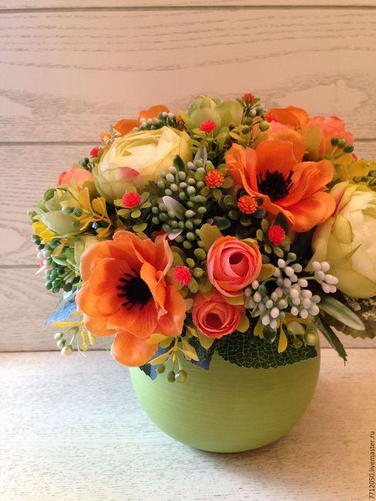 интерьерная настольная композиция рыжая ветреница яркий салтово-рыжий букет для дома офиса для фотосессии подарок на любой случай яркие цветы оранжевый салатовый
