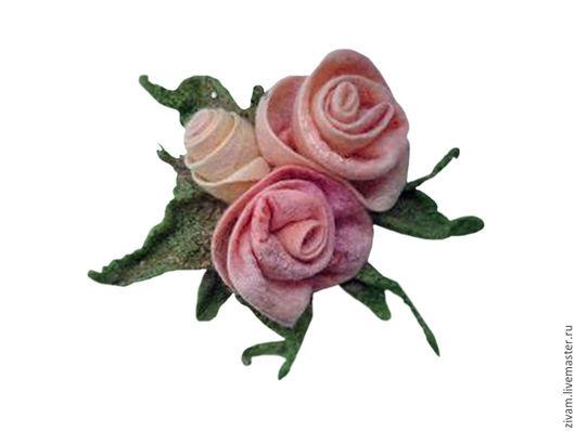 """Броши ручной работы. Ярмарка Мастеров - ручная работа. Купить Валяная брошь """"Чайные розы"""". Handmade. Кремовый, сиреневый"""