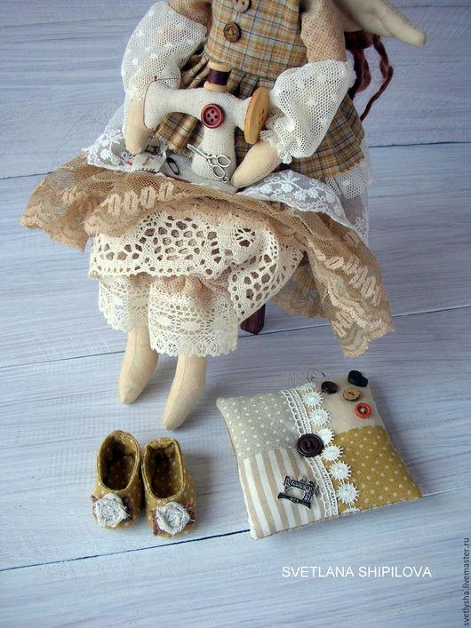 Куклы Тильды ручной работы. Ярмарка Мастеров - ручная работа. Купить Швея рукодельница. Handmade. Бежевый, старинный стиль