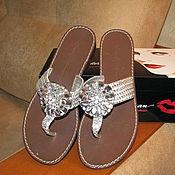 Винтажная обувь ручной работы. Ярмарка Мастеров - ручная работа Винтажная обувь: Серебристый кожаные босоножки со стразами. Handmade.