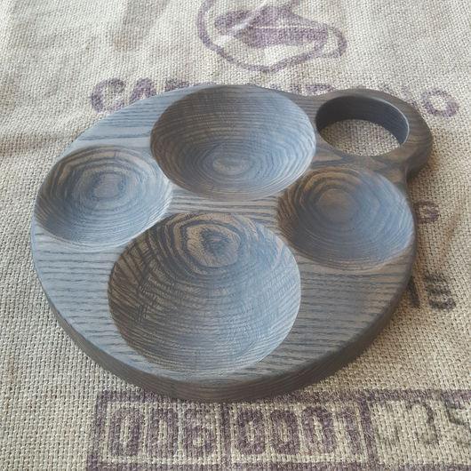 Кухня ручной работы. Ярмарка Мастеров - ручная работа. Купить Менажница круглая с четырьмя углублениями из массива дуба. Handmade. Черный