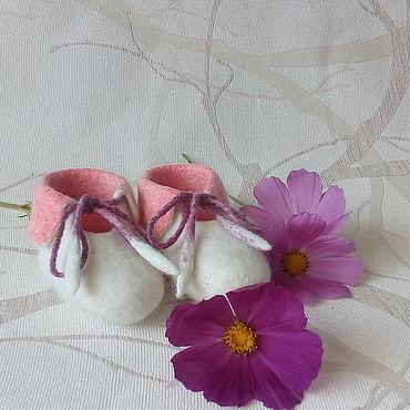 Обувь ручной работы. Ярмарка Мастеров - ручная работа Пинетки для малышей. Handmade.