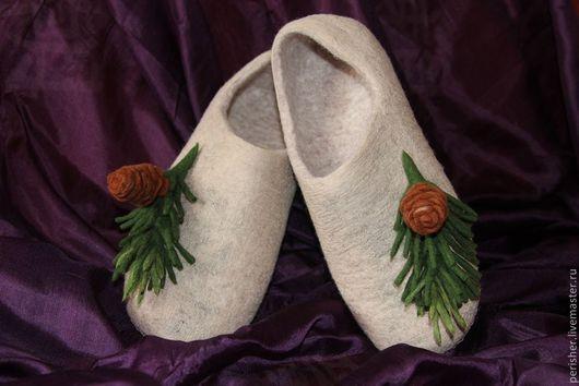 """Обувь ручной работы. Ярмарка Мастеров - ручная работа. Купить Тапочки """"Палки-елки, шишки-иголки"""". Handmade. Бежевый, экостиль"""