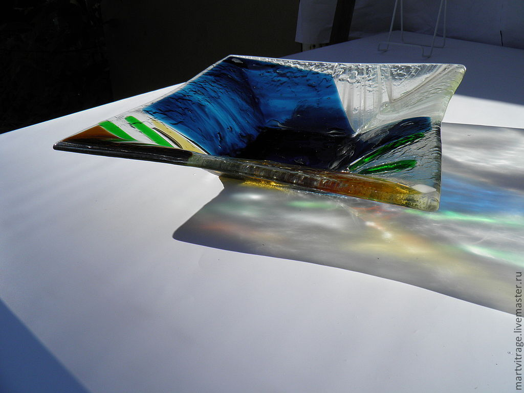Картинки по запросу посуда из моллированного стекла описание