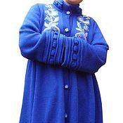 Одежда ручной работы. Ярмарка Мастеров - ручная работа Вязаное пальто «Васильковая синева гжели». Handmade.