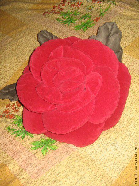 Текстиль, ковры ручной работы. Ярмарка Мастеров - ручная работа. Купить подушка - роза Прелесть. Handmade. Ярко-красный, холлафайбер