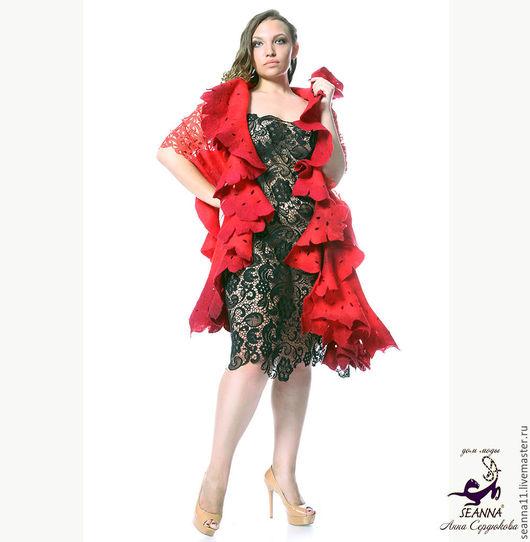 Дизайнер Анна Сердюкова (Дом Моды SEANNA). Кружевной палантин `Красно-бордовый` из шелка, шерсти, кашемира. Длина - 2,5 метра. Цена - 19500 руб.