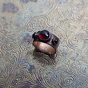 Украшения ручной работы. Ярмарка Мастеров - ручная работа Кольцо с гранатами. Handmade.