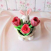 Мыльный набор Тюльпаны в корзине с зайцем