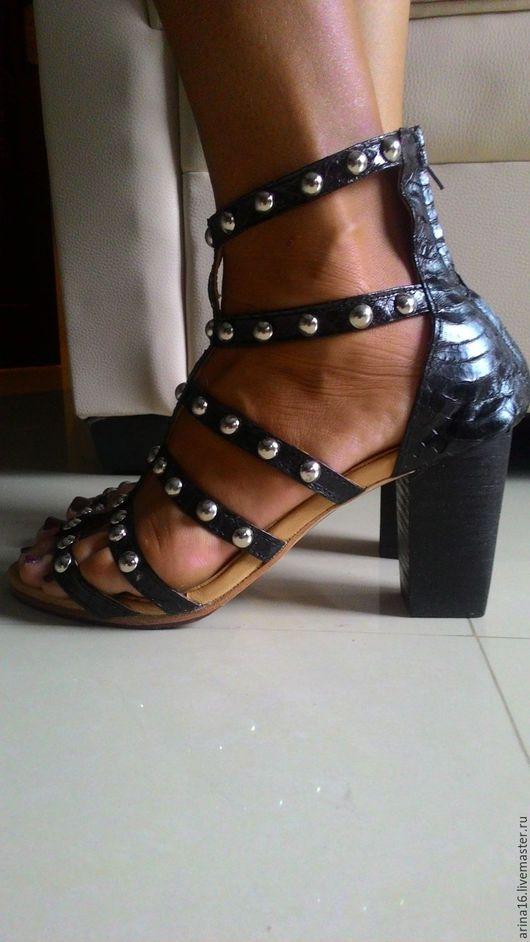Обувь ручной работы. Ярмарка Мастеров - ручная работа. Купить Босоножки из кожи кобры. Handmade. Черный, босоножки из змеи, туфли